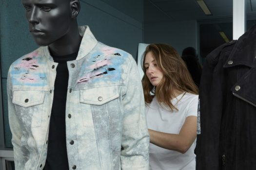 Relatos de Moda: La estrategia de Arturo Calle para apoyar el talento emergente
